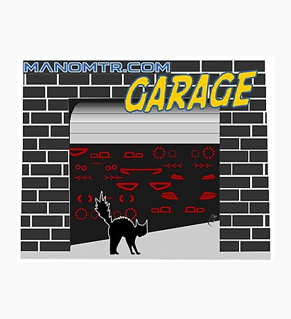 Manomtr Garage Photographic Print
