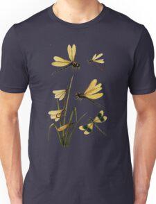 Dragonflies couple male/female amazing retro vintage design! Unisex T-Shirt