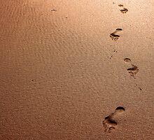 Footprints on Fistral Beach by ilikepetedotcom