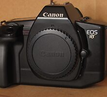 Canon EOS RT by Derwent-01