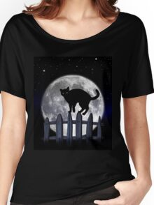 spooky black cat Women's Relaxed Fit T-Shirt