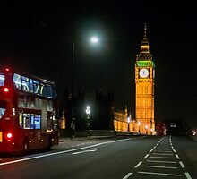 Big Ben at Night by Sue Martin
