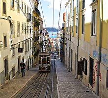 Rua de Bica de Duarte Belo, Lisbon, Portugal by eabrams