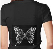 Papillon blanc sur fond noir Womens Fitted T-Shirt
