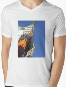Graumann's Chinese Theater Hollywood  Mens V-Neck T-Shirt