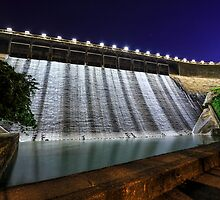 Dam at night by kawing921