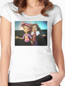 Clawdeen  Women's Fitted Scoop T-Shirt