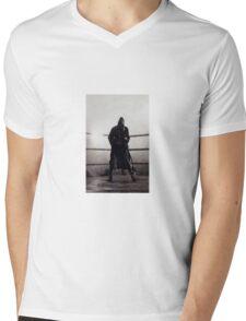 Bronx Bull Phone Case Mens V-Neck T-Shirt