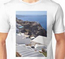 28 September 2016 White buildings in Santorini, Greece Unisex T-Shirt