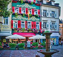 Restaurant in the Square by Sue Martin