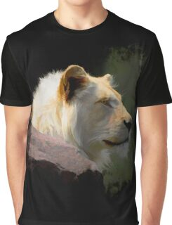 Wild White Lion Graphic T-Shirt