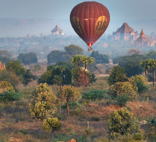 Ballons ride over temples of Bagan Sticker