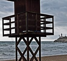 Lifeguard tower by jotagphoto