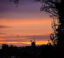 Fulbourne Windmill at Sunset by Sue Martin