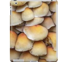 Sulphur Tuft mushrooms (Hypholoma fasciculare) iPad Case/Skin