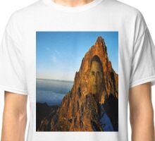 President Obama image on a California mounntain Classic T-Shirt