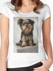Lucy Women's Fitted Scoop T-Shirt