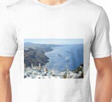28 September 2016 Beautiful white houses in Santorini, Greece Unisex T-Shirt