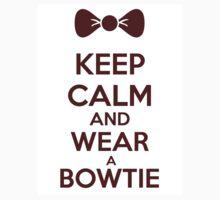 Keep calm and wear a bowtie Kids Tee
