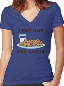 I Put Out For Santa Women's Fitted V-Neck T-Shirt