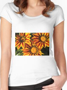 bright red and yellow daisy Women's Fitted Scoop T-Shirt