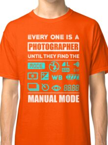Love Photography Classic T-Shirt