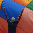 paracaídas abierto by Bernhard Matejka