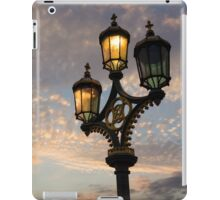 One Light Out - Westminster Bridge Streetlights, River Thames in London, UK iPad Case/Skin
