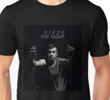 sieze the night // carpe diem tøp Unisex T-Shirt