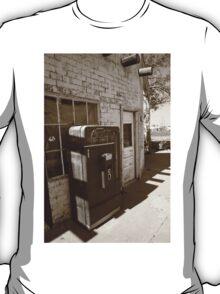 Route 66 - Rusty Coke Machine T-Shirt