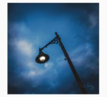 Street Lamp at dusk Kids Clothes