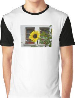 Yellow sun in the garden Graphic T-Shirt