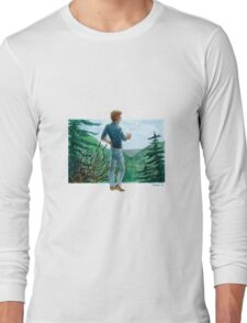 looking over the mountains Long Sleeve T-Shirt