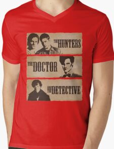 The Hunters, The Doctor and The Detective (Matt Smith version)  Mens V-Neck T-Shirt