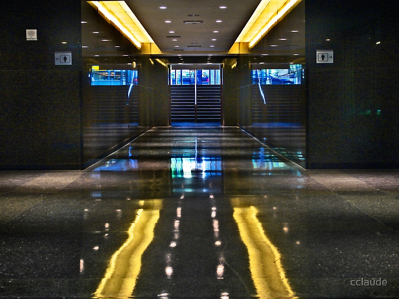 Hallway to the light by cclaude