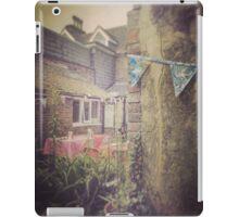 The Little Vintage Garden iPad Case/Skin