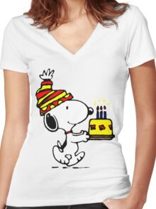Happy Birthday Snoopy Women's Fitted V-Neck T-Shirt