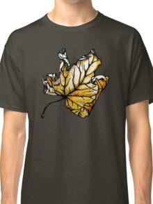 maple leaf Classic T-Shirt