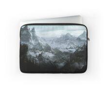 Skyrim landscape Blackreach print Laptop Sleeve
