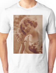 A timeless bite of seduction Unisex T-Shirt