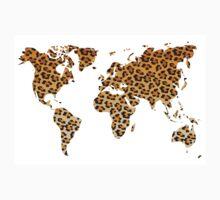 World map in animal print design, leopard pattern T-Shirt