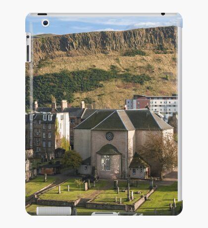 Canongate Kirk iPad Case/Skin