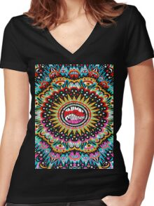 Trippy Animal Collective Women's Fitted V-Neck T-Shirt