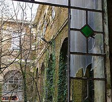 old windows in iron by spetenfia