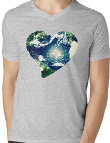 Earth love Mens V-Neck T-Shirt