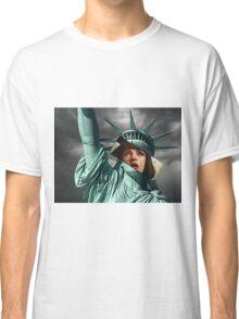 Mia Wallace Statue of Liberty Classic T-Shirt
