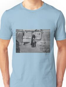 The woman from the desert Unisex T-Shirt