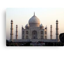 The Taj Mahal at dawn Canvas Print