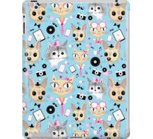 retro pattern with pictures of animals  iPad Case/Skin