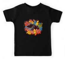 The Bear in autumn forest Kids Tee